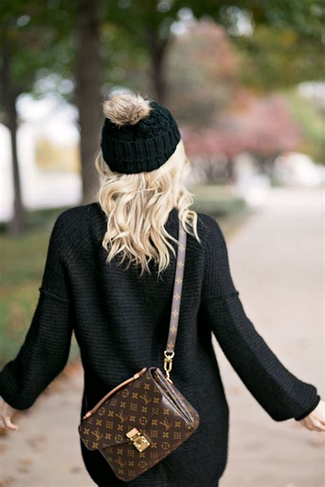 black  pink louis vuitton crossbody louis vuitton bag outfit louis vuitton crossbody bag