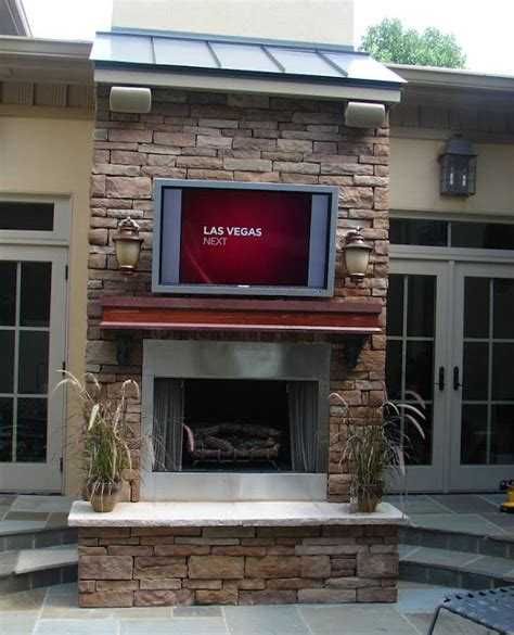 outdoor tv yes pool house ideas
