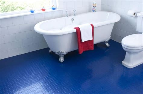 Rubber Bathroom Floor Tiles 10 rooms with rubber flooring
