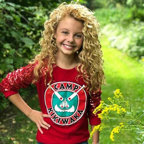 Five Minutes With Disneys Bunkd Costar Mallory James