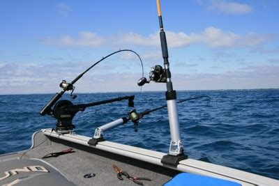 Lund Boats Vs Tracker by Rod Holders For A Lund Explorer Ss 1600 General