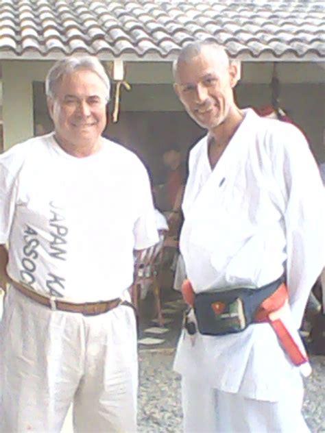 Encontros E Troca De Casais Karatê Do Karatê Karate Meste