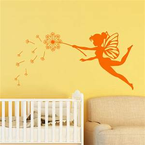 sticker la fee et sa fleur magique stickers filles fees With chambre bébé design avec envoyer des fleurs pour un enterrement