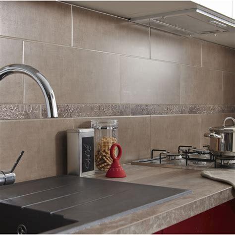 carrelage mural pour cuisine decoration cuisine blanche