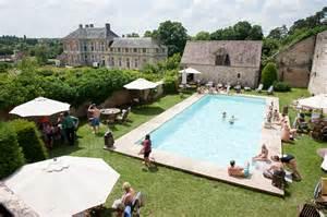 chateau mariage mariage au château de vallery un air de vacances le fil d 39 encre