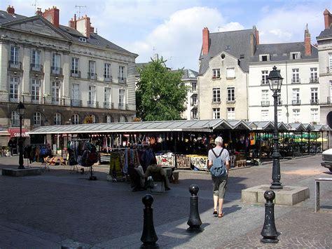 chambre des commerces nantes liste des rues et places du centre ville de nantes