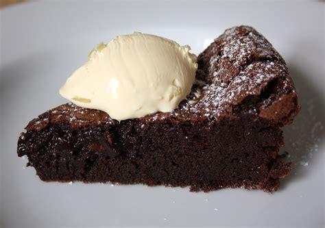 flourless chocolate cake durmes gumuna