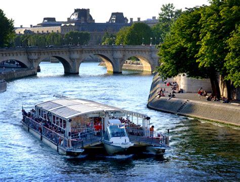 Bateau Mouche River Cruise Paris by Buy Bateaux Parisiens River Seine Dinner Cruise