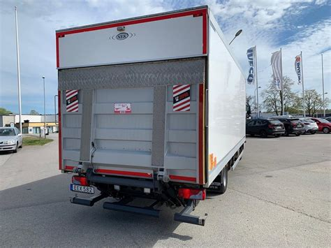 man tgl   skap oeppningsbar sida euro  fran karlskrona bilcenter ab trailerbeg