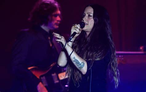 Alanis Morissette shares revised 'Jagged Little Pill' tour ...