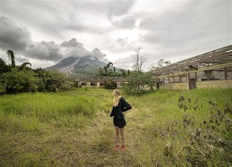 eerie  show abandoned indonesian ghost town