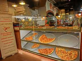 thief sues pizzeria for stopping his robbery wants 260 000