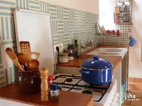 cuisine de charme ancienne location maison à talairan iha 45119