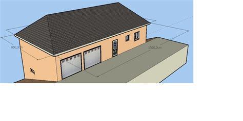 Maison Semi-entérée Avec Garage à L'étage.