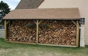 Abris Buches Bois : le chauffage au bois b che conseils pratiques humidit bois essence stockage b ches ~ Melissatoandfro.com Idées de Décoration