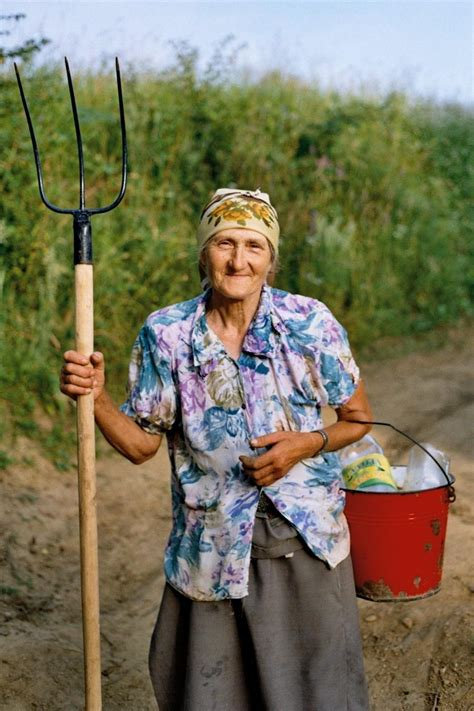 File:Old farmer woman.JPG - Wikipedia
