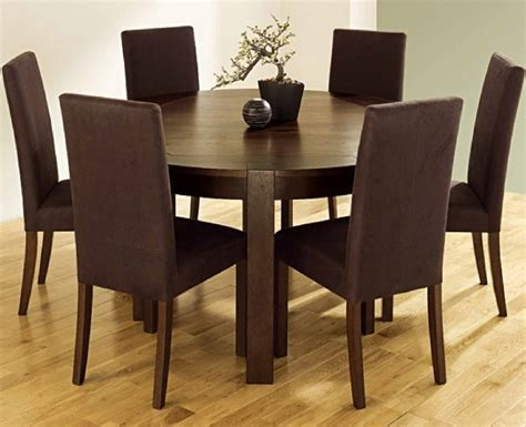 Using Round Dining Tables