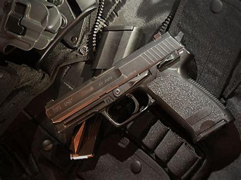 usp universelle selbstladepistole  universal  loading pistol   semi automatic