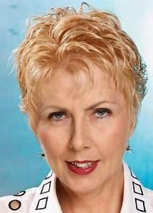 Coupes Cheveux Courts Femme : coiffure courte femme de 60 ans ~ Melissatoandfro.com Idées de Décoration