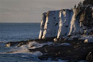 Frozen Otter Cliffs – Acadia Photo Safari