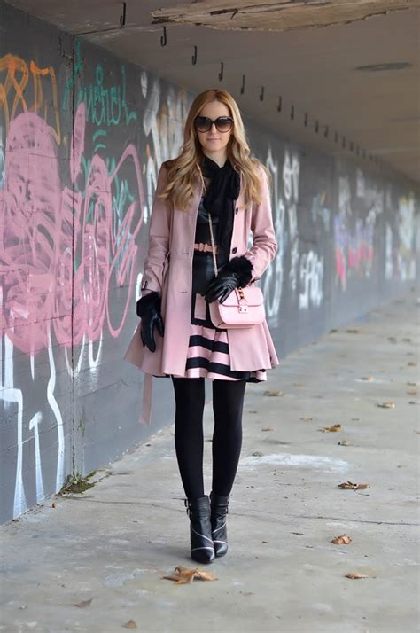 dressing  cold weather  stylish  warm outfit