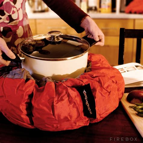 cooker wonderbag slow eco gas electricity food firebox cooking uses retention heat kitchen boil apply electric pot