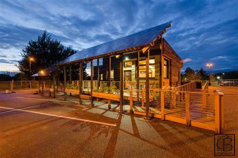 beautiful solar powered tiny house  sqft  energy efficiency  grid world