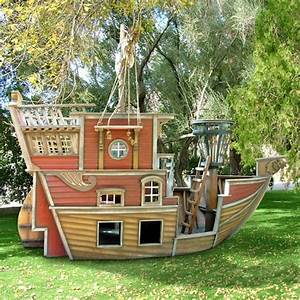 Outdoor Kids Play House for Boys – Pirate Ship Playhouse