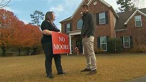 Alabama women divided on Roy Moore - CNN Video