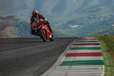 Ducati Panigale 4k Wallpapers by 2018 Ducati Panigale V4 4k Hd Bikes 4k Wallpapers