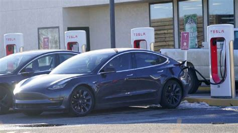 Download What Is The Price Of Tesla Car In India Pictures