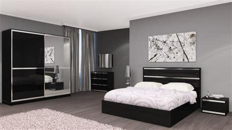 chambre adulte italienne chambre adulte complète design italien chrono noir laqué