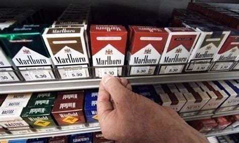 prix bureau de tabac vers une hausse quot probable quot du prix du tabac en janvier 2015
