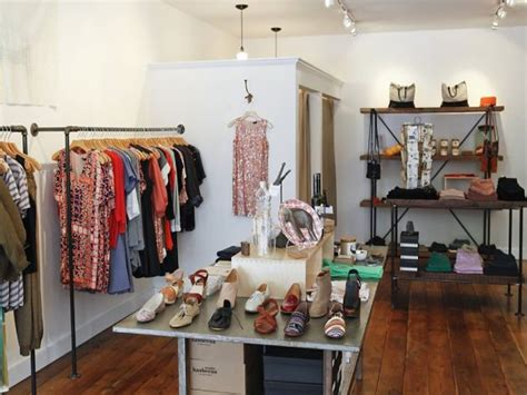 Decorating Ideas Clothes by Small Studio Lights Small Clothing Boutique Interior