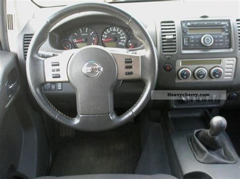 nissan navara 2008 interior nissan navara se 2 5 dci 4x4 shz klimaaut aluminum