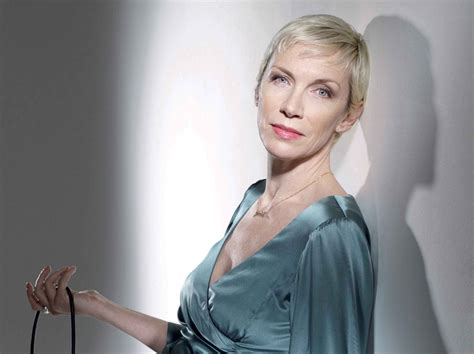Annie Lennox Wallpapers Images Photos Pictures Backgrounds