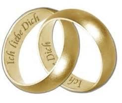 verlobungsring als ehering romantischer heiratsantrag am valentinstag