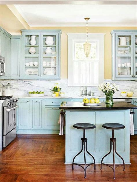 yellow kitchen walls with white cabinets kitchen cabinet colors cabinet colors and pale yellow 2139