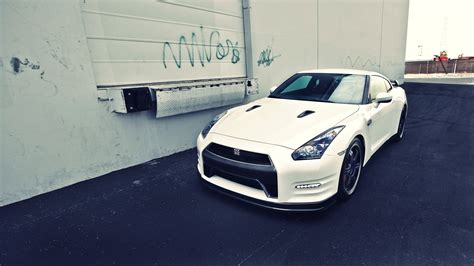 white nissan car nissan gt r car white wallpaper 1920x1080 17560