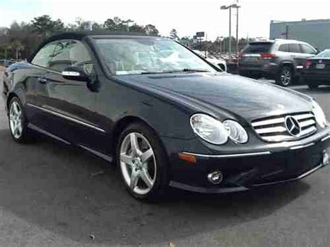 View photos, features and more. Buy used 2009 Mercedes-Benz CLK350 Base Convertible 2-Door ...