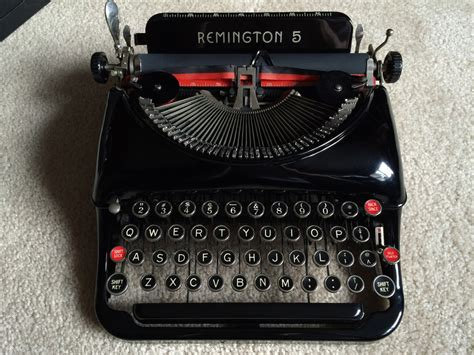 Alte Schreibmaschinen Wert by What You Need To About Buying A Typewriter