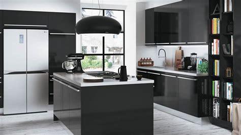 decoration cuisine noir et blanc quelle couleur accorder avec une cuisine