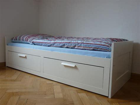 bett ausziehbar ikea ausziehbar brimnes ikea tagesbett wei 223 matratzen kaum gebraucht in m 252 nchen betten