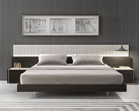 Stylish Headboards by Lacquered Fashionable Wood Platform And Headboard Bed With
