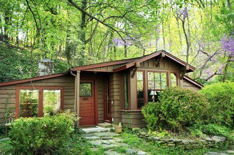 cabins in eureka springs hollow cabins eureka springs ar resort reviews