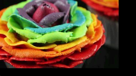 rainbow rose cupcakes stunning rainbow flower roses