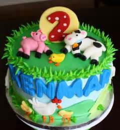 Farm and Animal Birthday Cake