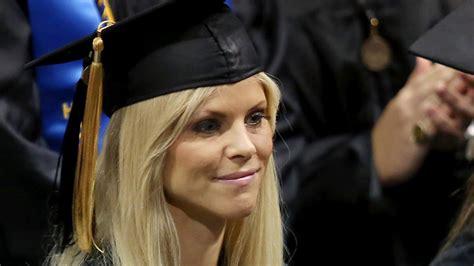 elin nordegren   trophy wife role model
