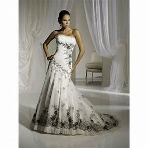 vip girl dresses white wedding dress with something black With black white wedding dresses