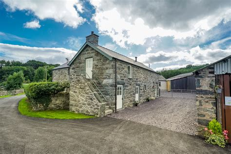 cottage in snowdonia two bedroom family cottage near conwy cae isaf